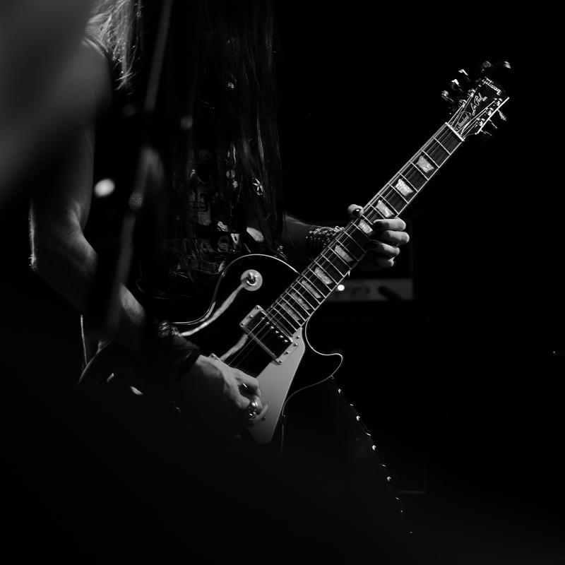 https://www.accademiamoebius.it/wp-content/uploads/2019/12/guitar.jpg