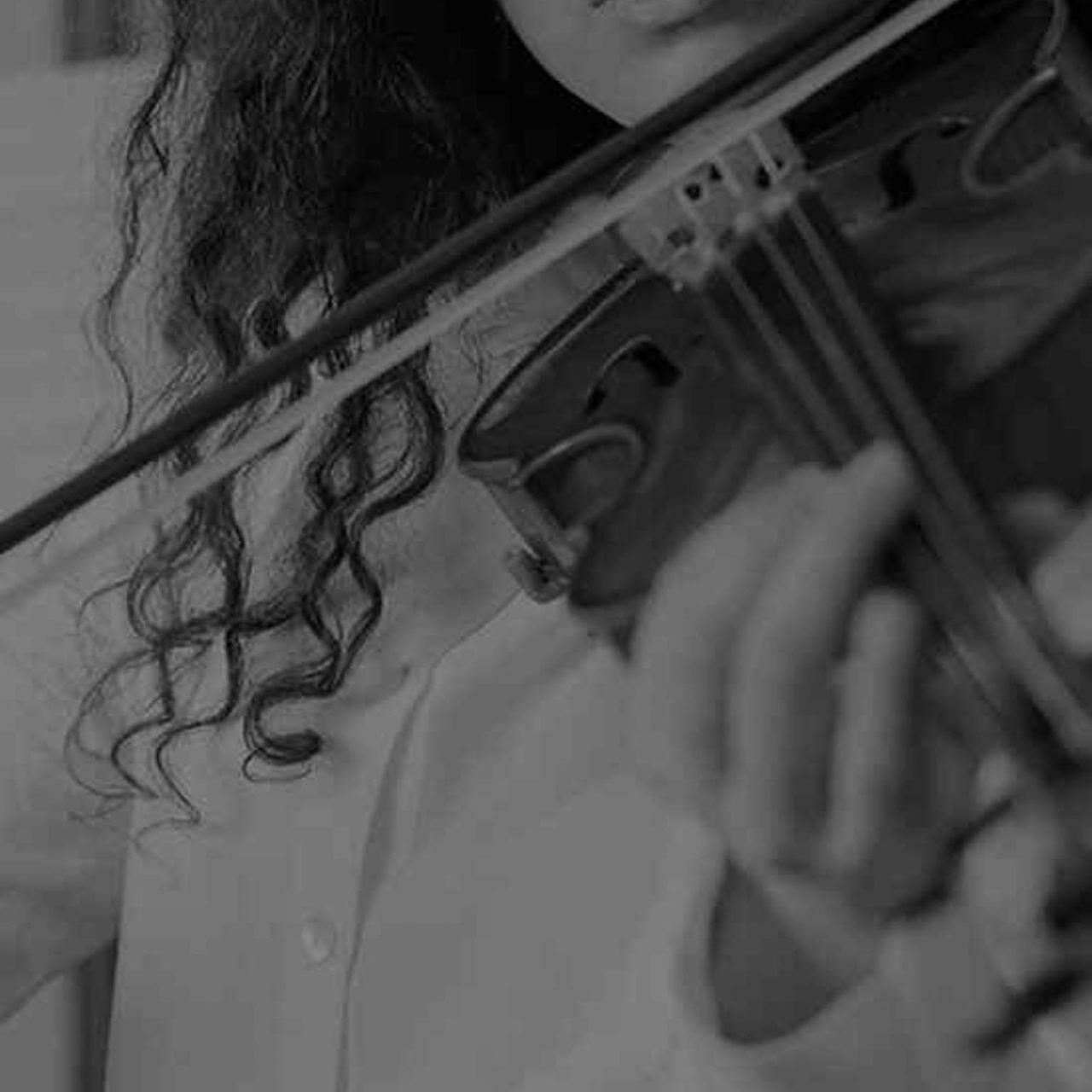 https://www.accademiamoebius.it/wp-content/uploads/2019/12/moebius-music-academy-01-7-1280x1280.jpg